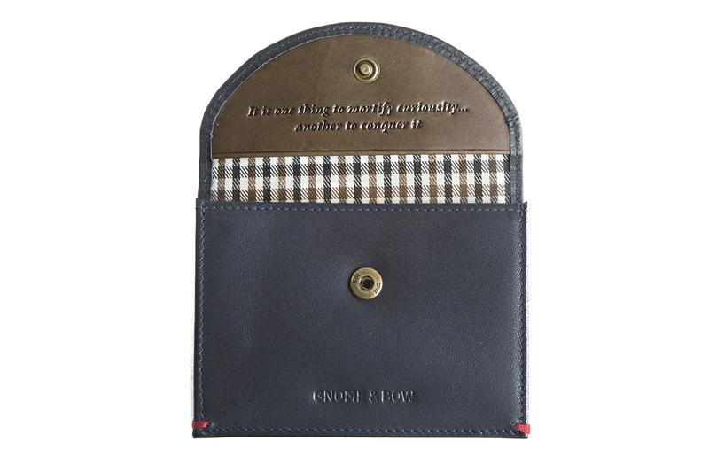 W9yXFWeTNSfbER2OThD7_Leicester_Leather_Coin_20Case_Pdt_Blue_3_800x