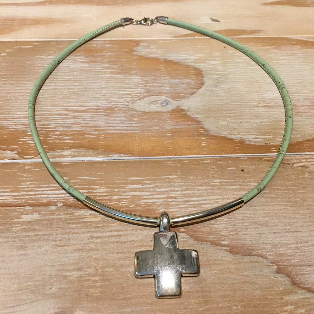 Necklace_green