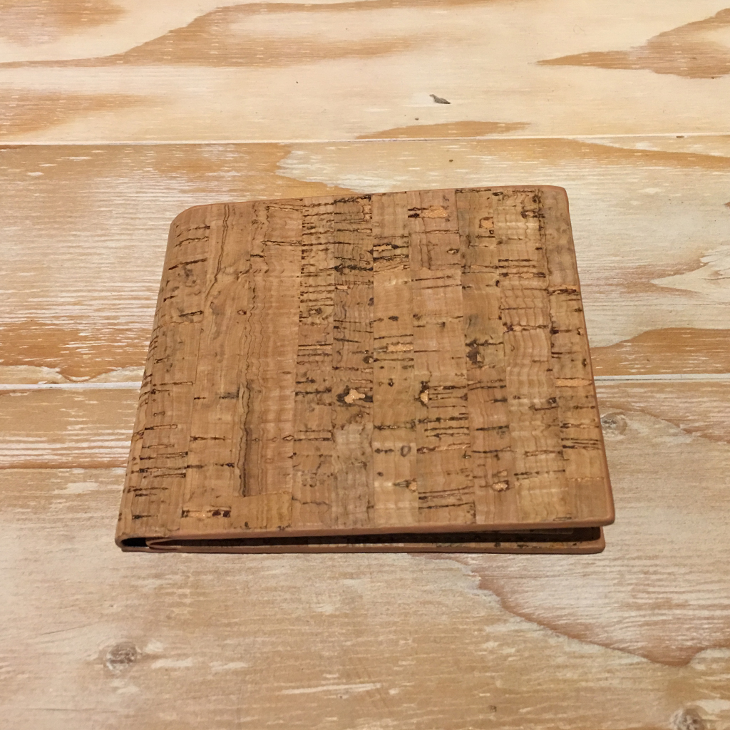 Cork-Wallet01